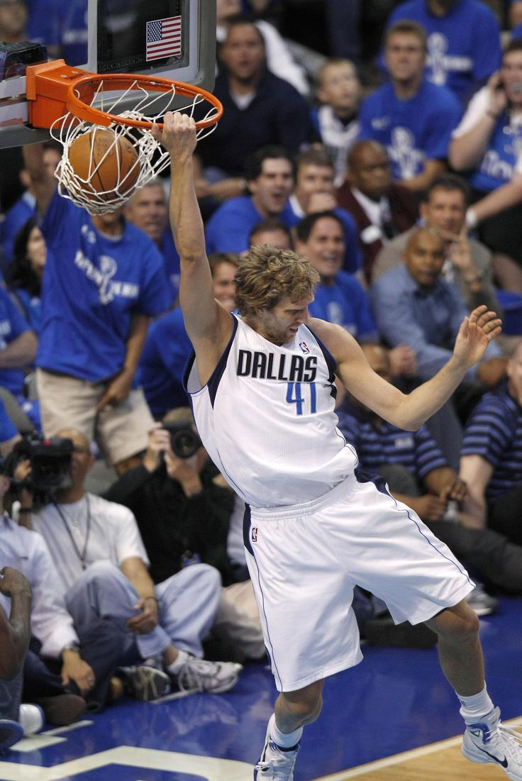 Dallas Mavericks - Dirk Nowitzki #41.