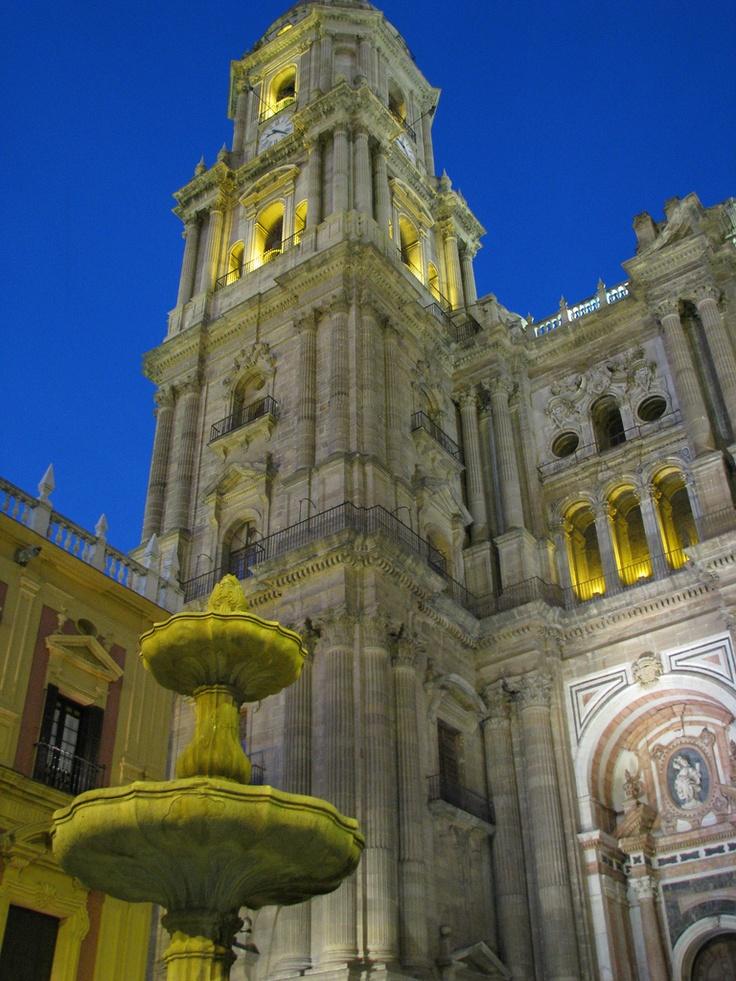 Malaga, Andaluzia, Spania. Locuri de munca in Spania prin www.jobsalert.ro