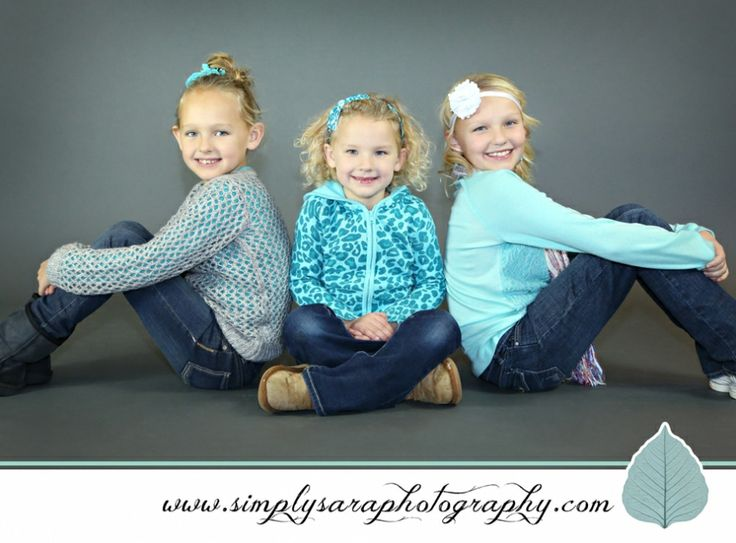 Mini Photo Shoots - Holiday Kid Photo Ideas - Home Studio