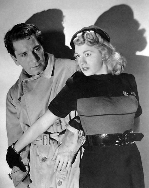 """Richard Conte and Shelley Winters in """"Cry of the City"""" (Robert Siodmak, 1948) - Police Lieut. Candella, longtime friend of the Rome family, walks a tightrope in the case of cop-killer Martin Rome."""