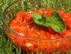 Pomidory w miodzie jako dodatek do grilla