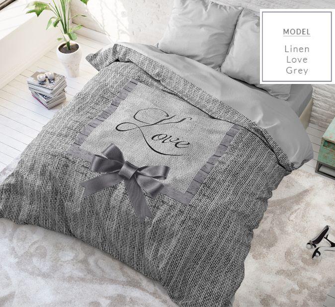 Romantické sivé posteľné obliečky s mašličkou a nápisom LOVE