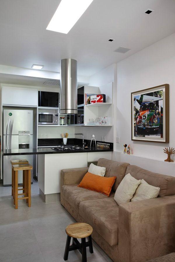 Фотография: Кухня и столовая в стиле Современный, Малогабаритная квартира, Квартира, Дома и квартиры, как оформить малогабаритку, длинная узкая студия – фото на InMyRoom.ru