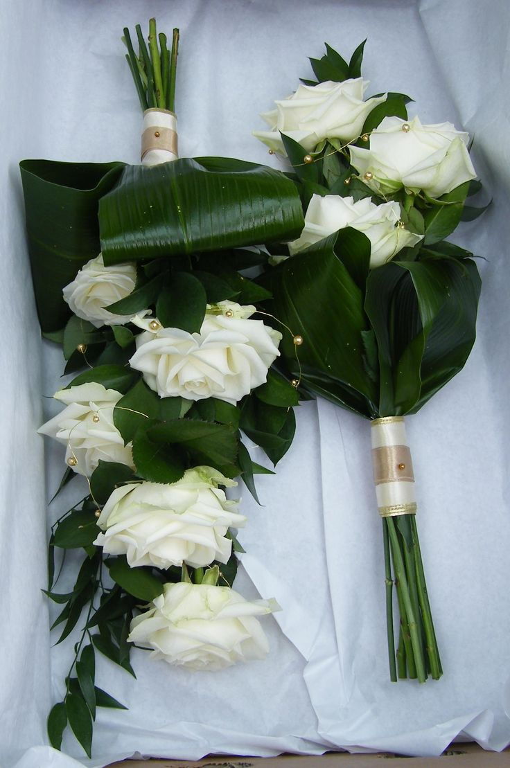 Lined Bouquets carried over the arm
