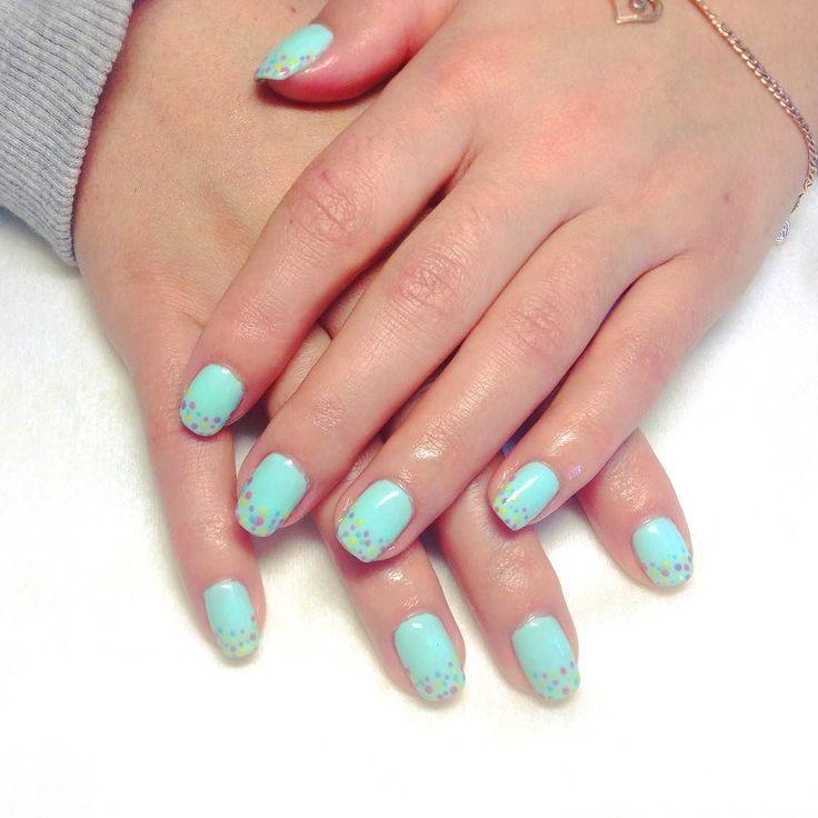 #manicure #shellak #colors #маникюр #шеллак #дизайн #дизайнногтей #яркость #цвета by mentally_unstable_polar_bear