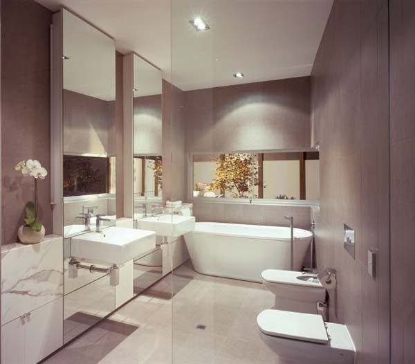 Awesome Modern Bathroom Design With Floating Sinks And Double Mirrors With A Bath Tub Right At The Corner Redmond Residence