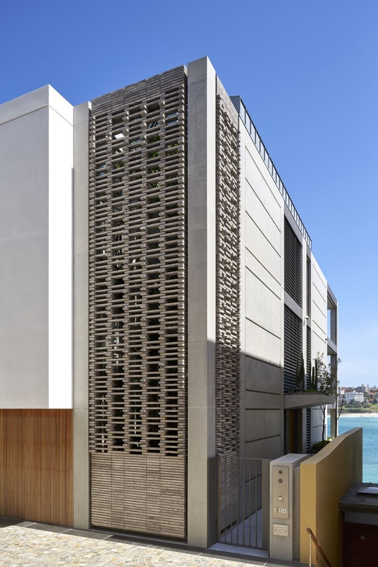 Tobias Partners - Deepwater House Stacked-brick grille