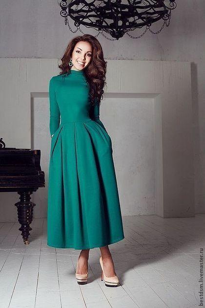 Платья ручной работы. Ярмарка Мастеров - ручная работа. Купить платье трикотажное Изумруд. Handmade. Повседневное платье, зеленое платье