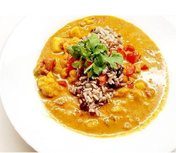Vegan Cauliflower Curry  Kissan International  Vegetarian Vegan Dinner Curry  Cauliflower Vegetables Quick and Easy Nutritious Healthy