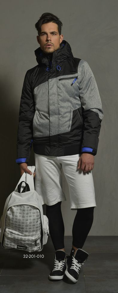Men's colorblock jacket with hood. www.biston.gr