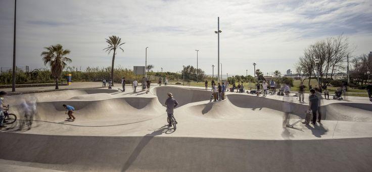 Skate Park De La Mar Bella / Scob Arquitectura y Paisaje