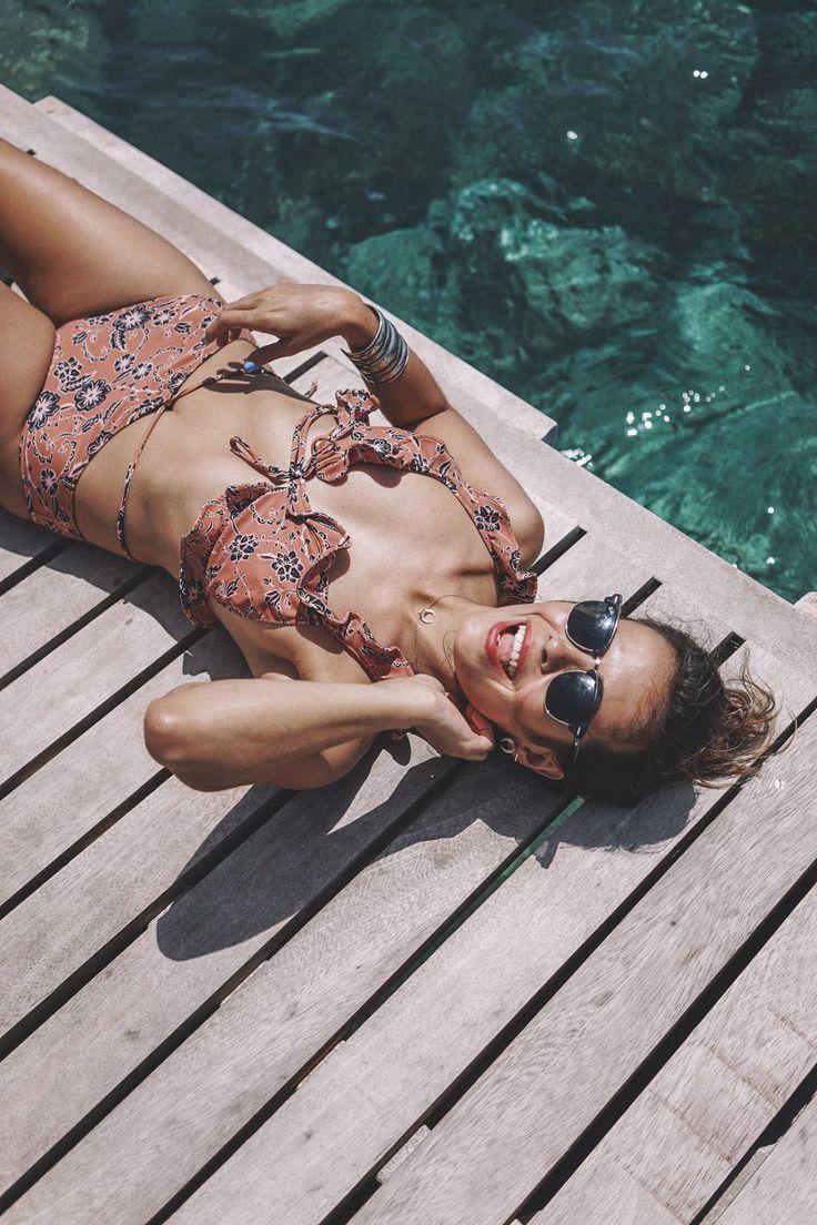 Mykonos-Beach-Summer-BeachWear-Bikini-For_Love_And_Lemons-Collage_Vintage-63