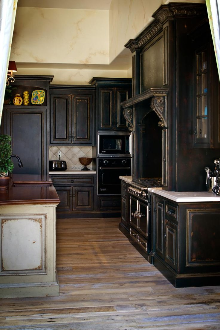 360 best rustic primitive country decorating ideas for Black country kitchen cabinets