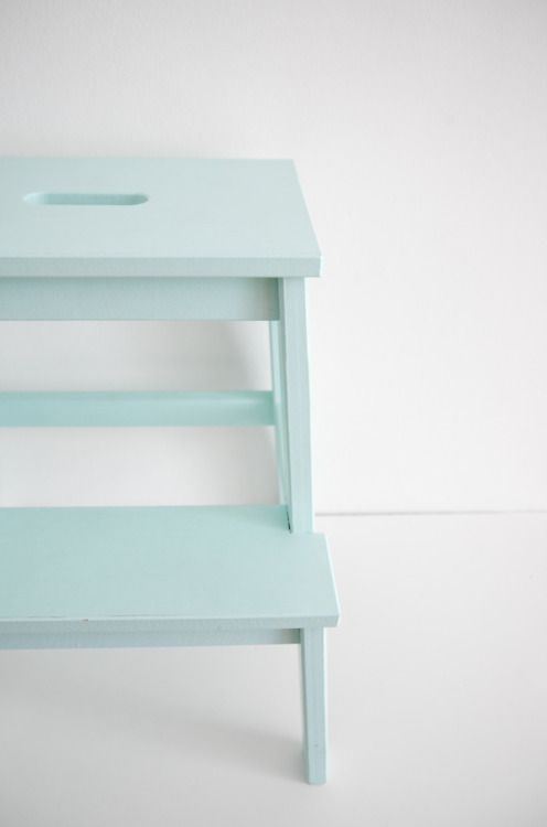 ikea stool painted mint green. I am really liking this color a lot lately .....