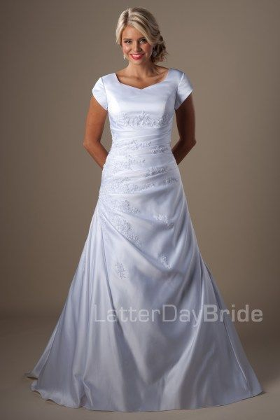 modest-wedding-dress-baldwin-front.jpg  One of the most beautiful dresses I've seen so far - perfection!