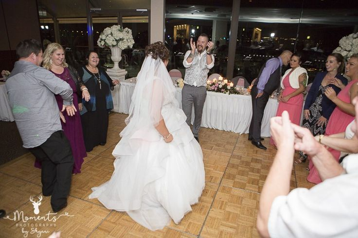 Sydney Wedding Photography. Dance circle. wedding decor. Pink. Wedding reception. The Waterfront function centre - St George Motor Boat Club. www.momentsphotography.com.au