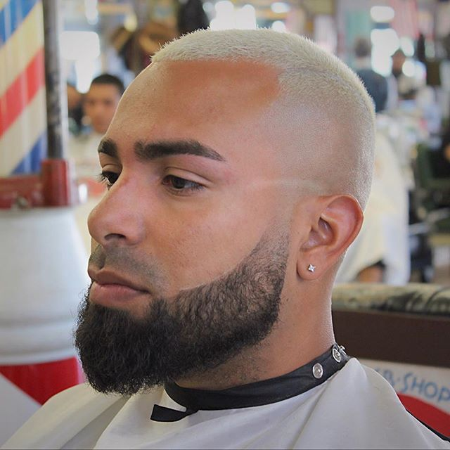 the 25 best beard shape up ideas on pinterest nice men black barbershop near me and hair. Black Bedroom Furniture Sets. Home Design Ideas