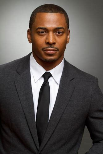 "RonReaco Lee, a television and film actor best known for his roles as Tyreke Scott on the ABC/The WB sitcom ""Sister, Sister"" (1997-1999), and Jamal Woodson on the BET romantic comedy ""Let's Stay Together"" (2011), CW's sitcom ""GIrlfriends,"" and more.  He starred in ""Glory,"" (1989) with Denzel Washington, and other films.  He currently is starring in Starz Network TV comedy ""Survivor's Remorse""  playing the role of Reggie Vaughn, a manager/consultant to his cousin Cam Calloway."
