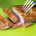 Dziś coś wykwintnego, delikatna i soczysta pierś z kaczki z gruszką, polecamy na niedzielny obiad.