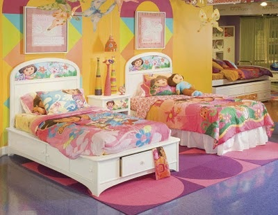 10 best images about cinco de mayo on pinterest peacocks for Dora the explorer bedroom ideas