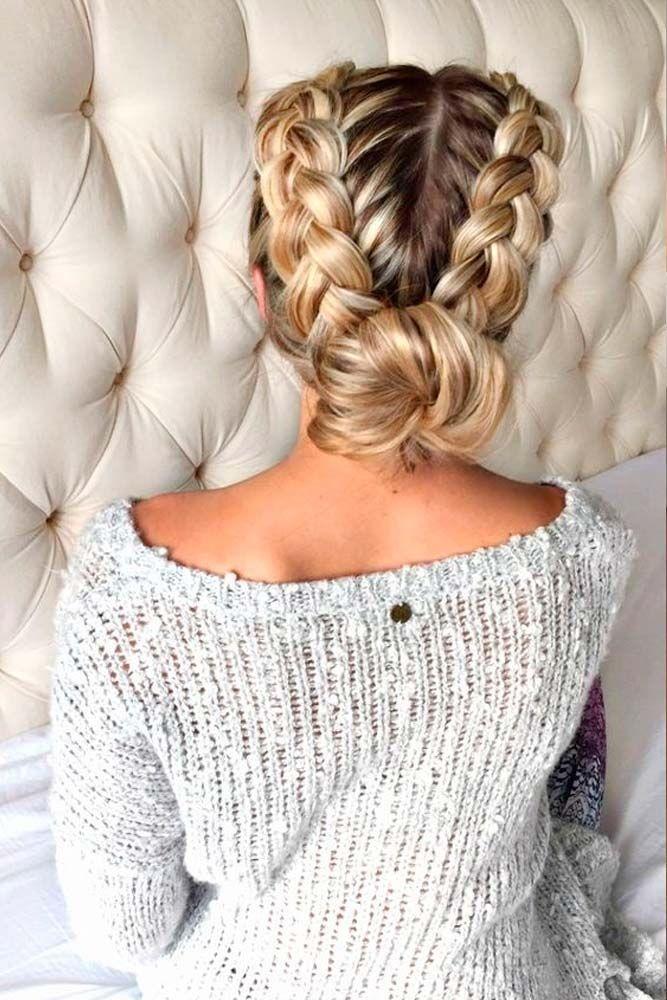 See the most amazing braid hairstyles and look like a queen at a Christmas party.