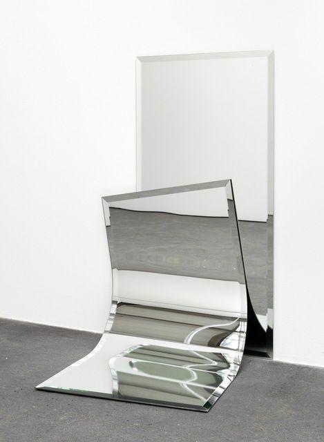 lafilleblanc:  Alicja Kwade Ungeklärte Zustanden (2), 2012
