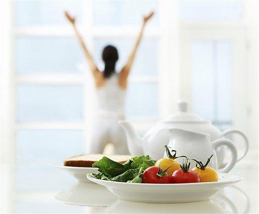 Yaz Diyeti Yaz diyeti sadece 1 hafta uygulanan ve bu bir haftalık zaman diliminde fazlalık olarak gördüğünüz 2-3 kiloyu sağlıklı bir şekilde vermenizi sağlayan bir diyet. İsteyen kişiler bir hafta …
