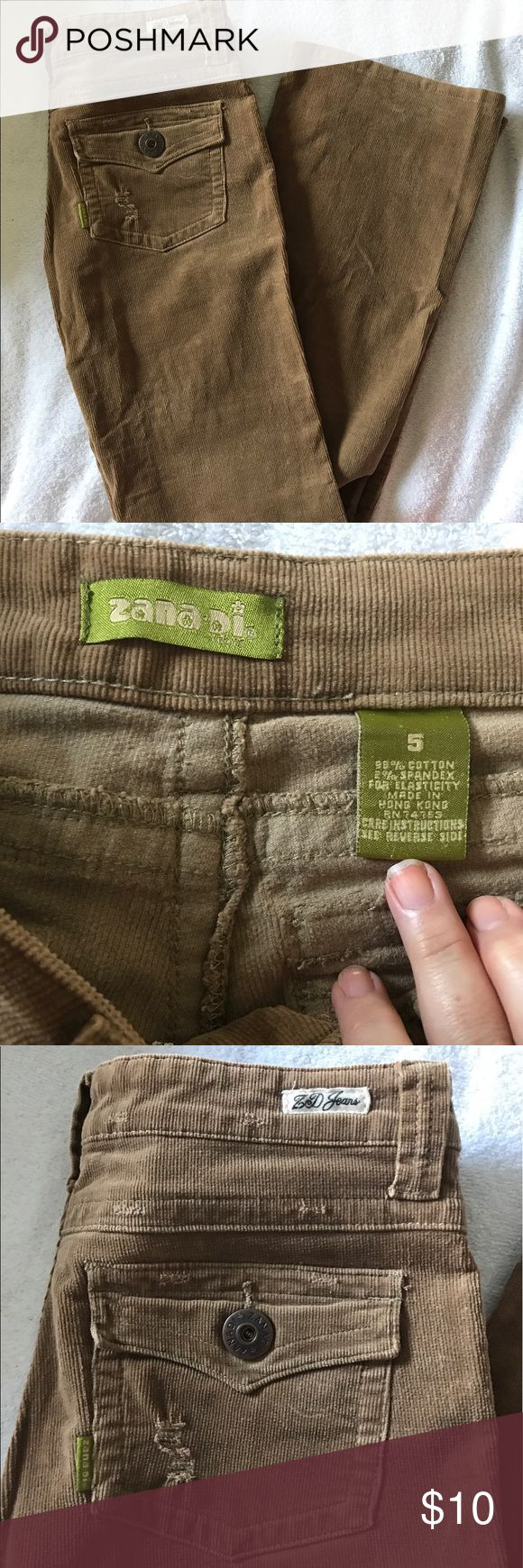 NEW Zanadi Corduroy Tan Jeans Straight Leg Sz: 5 New without tags Zanadi Corduroy Tan Jeans Straight Leg, bought at JCP, it was gift, never used. Sz: 5❤️PLUS BUNDLE & SAVE! 💵 20% OFF ANY BUNDLE AND FREE GIFT!! 🎁 Zanadi Jeans Straight Leg