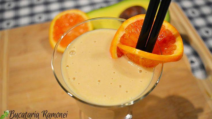 Smoothie cu portocale, avocado si banane, reteta smoothie