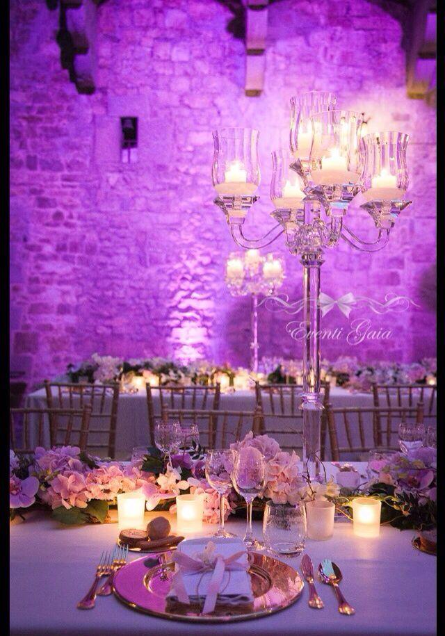 AAWedding #weddingitaly #weddingplanner #weddingplanneritaly #luxurywedding #tuscanwedding #weddings #pink #flowers #arabicwedding #candelabra