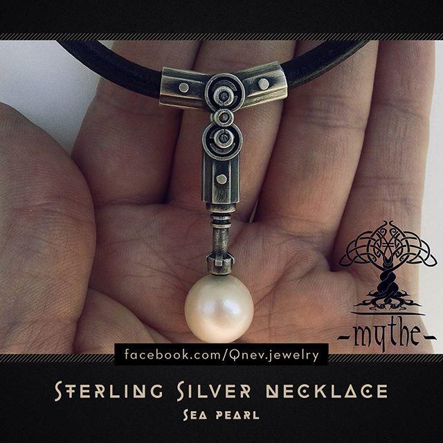 #seapearl #silverjewelry #jewelrydesigner #jewelrydesign #pendant #necklace #sterlingsilver #jewellery #jewelry #pearl #pearljewelry #mythe #lemythe #metalwork #artwork