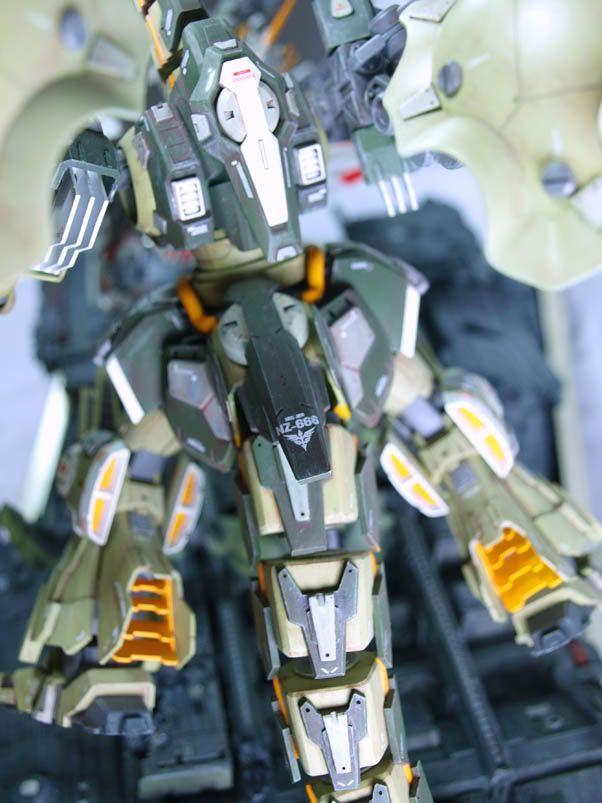 GUNDAM GUY: Gundam Unicorn Centaur vs. Dragon Kshatriya Ver-2 - Diorama Build