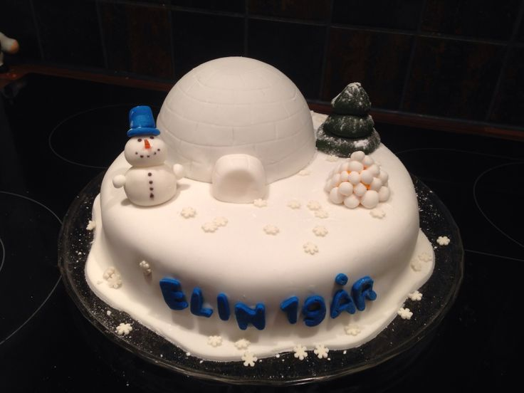Winter cake, sugarpaste on top, chocolate cream inside. For my sisters 19th birthday :) @Rita Bakke