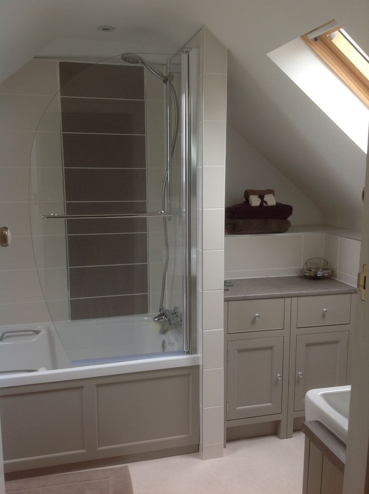 New Bathroom Pic 2 Roper Rhodes Hampton Range Upstairs Top Bathroom In 2019 Bathroom