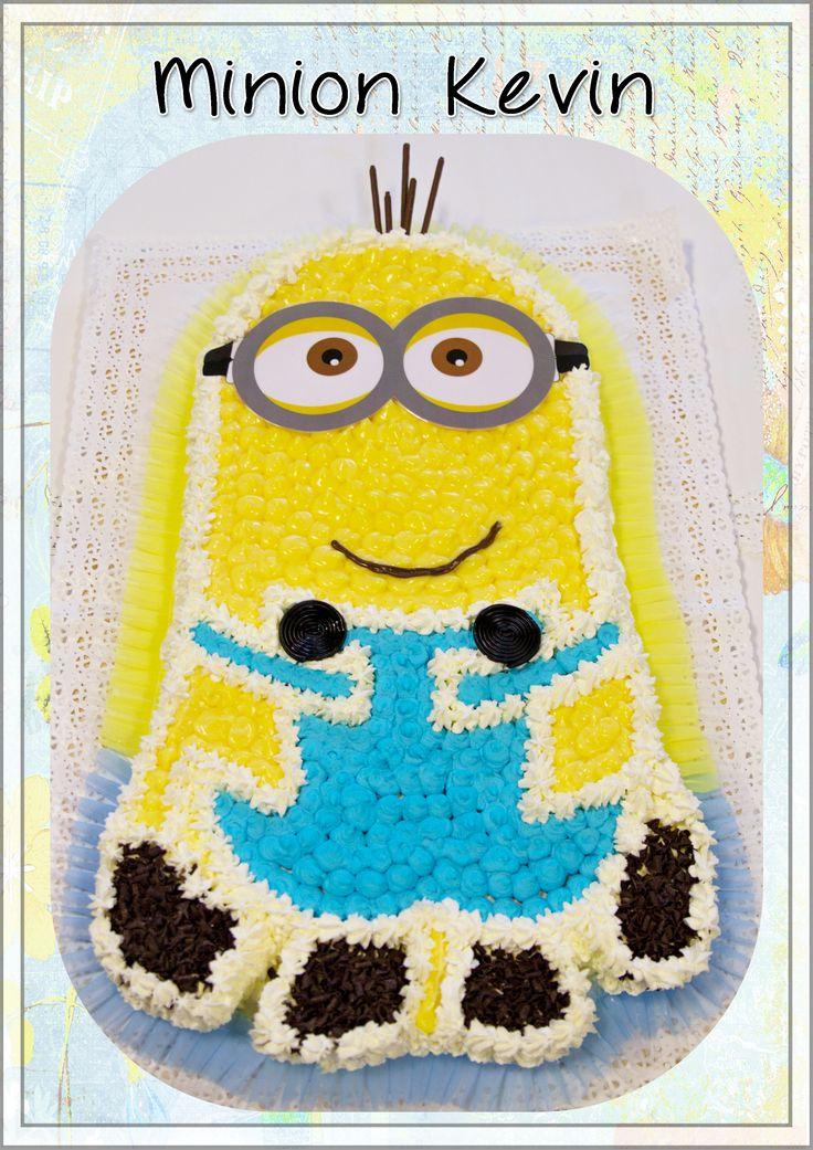 Torta a forma di Minion Kevin #lenostretorte #homemadecakes #minion #kevin #minioncakes #kevinminion #minionkevin #kevincakes #tortaminion #tortaminions #tortakevin #carugatecakes #peppinocakes #peppinoristorantecakes
