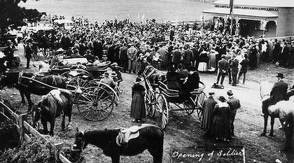 The opening of the Avenue of Honour in Bacchus Marsh in 1918.