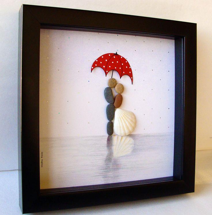 Unieke huwelijksgeschenk - overeenkomstengift - Christmas Gift - echtpaar Gift - Love Gift - bruid en bruidegom Gift - Pebble kunst te vieren en koesteren de speciale gelegenheid; een uitzonderlijke gift die voor de komende jaren zal worden gekoesterd.  ✿ Originele Pebble kunst met een gevoel van romantiek, mysterie en magie. ✿ Komt in 8 x 8 inch zwarte schaduw doos stijl frame, ongeveer 1,5 Inch diep. Wordt geleverd met glas. ✿ Comes ondertekend door mij. ✿ Kunnen worden gepersonaliseerd op…