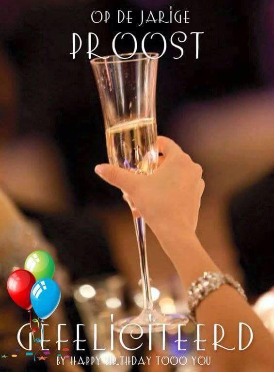 gefeliciteerd champagne moet