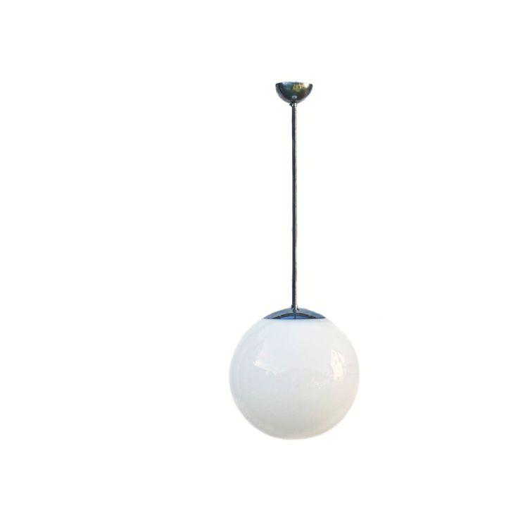 Vintage barra colgante Lámpara cristal cromo opal Bauhaus diseño industrial ligero de zeitlooos en Etsy https://www.etsy.com/es/listing/522477000/vintage-barra-colgante-lampara-cristal