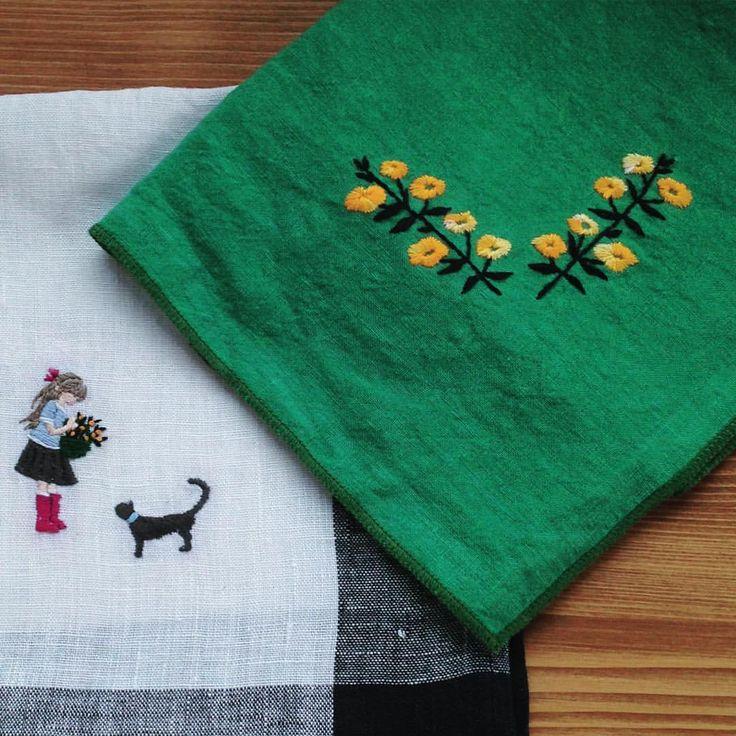 いいね!743件、コメント12件 ― annas/アンナスさん(@annastwutea)のInstagramアカウント: 「濃い色を選びたくなる季節になりましたね。  ずいぶん前のステッチイデーより(2014年制作仕事) ・ ・ #刺繍 #embroidery #embroidered #needlework #手芸…」