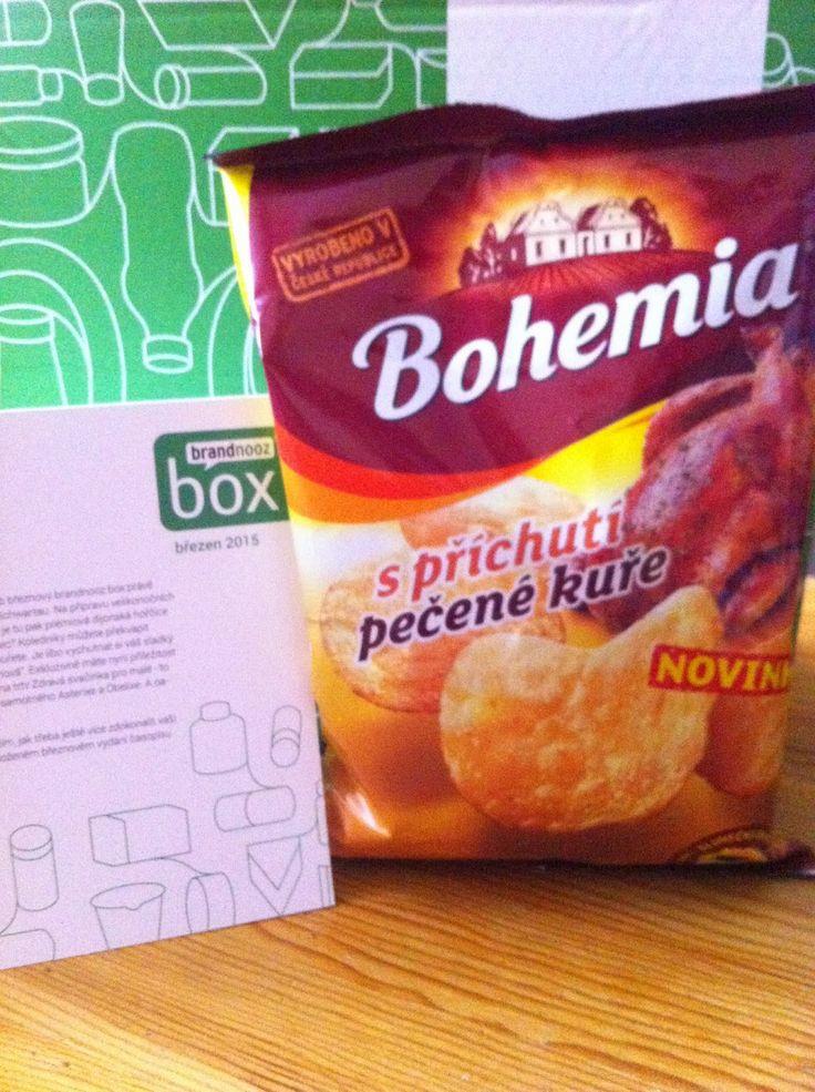 Bohemia Chips s příchutí pečené kuře - opravdu vypečená novinka, vyrobená z těch nejkvalitnějších brambor a fritované na 100% slunečnicovém oleji. https://www.brandnooz.cz/products/Bohemia-Chips-s-prichuti-pecene-kure