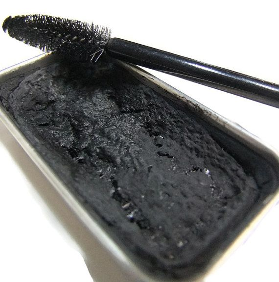 Cake mascara is a terrific product that can be used as a lash mascara or an eyeliner.     ***NO PARABEN is used***. All natural preservative