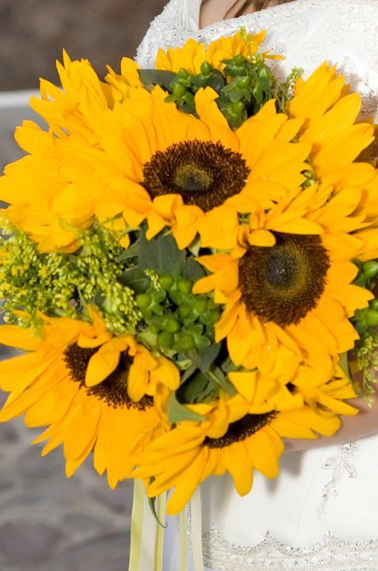 Wedding Flowers Late Summer: Scabiosa wedding flowers ? ruffled ...