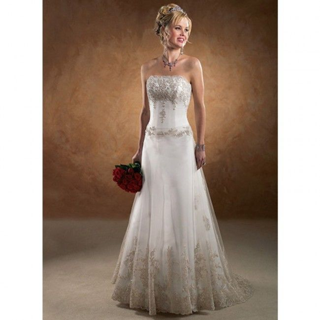 Ultra Chiffon A-line Strapless Spring Sleeveless Appliques Empire Ivory Wedding Dresses