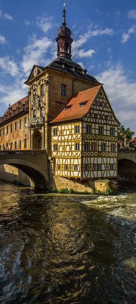 You can't tell by this picture...but Bamberg is a best kept secret in Bavaria.  Love this town!