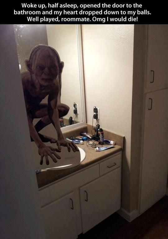Hahahah! i want to do this to my roommate so bad :DDD now i just need to find an actual-size cardboard model of Gollum...