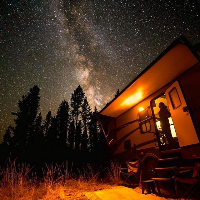 #tinyhouse #gethumless #humless #SolarPower #SolarEnergy #outdoor #nightsky #naturelovers #onewithnature