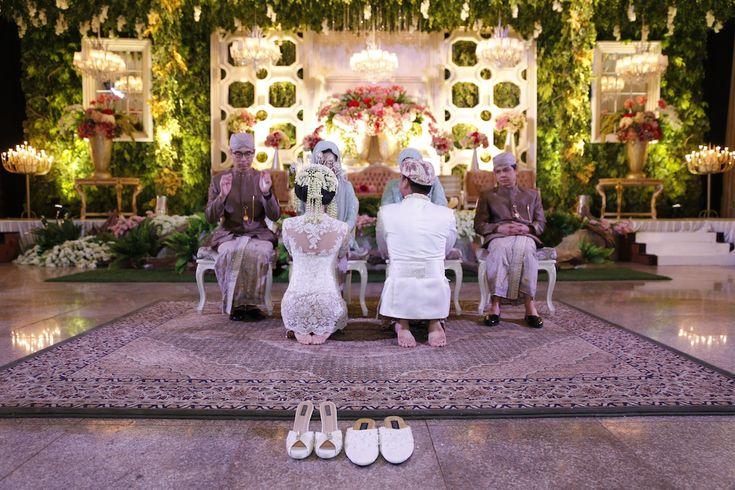 Pernikahan Adat Sunda Bernuansa Alam - sungkem1