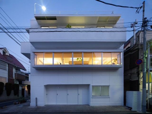 built by torafu architects in tokyo japan with date images by daici ano this is a renovation project of a 40 year old reinforced concrete building that - Haus Japan