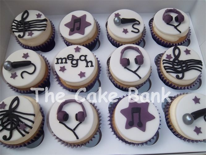 Cake Decorating Ideas Music Theme : Music cupcakes All Things Cupcakes Pinterest